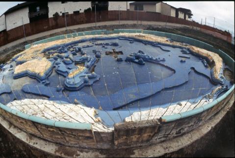 Pacific Basin Fountain, Randy Juster photo, circa 1994.